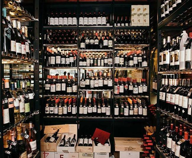 Bodega Restaurante Asador La Taberna Puerto Alicante | Carnes, Pescados, Mariscos a la Brasa