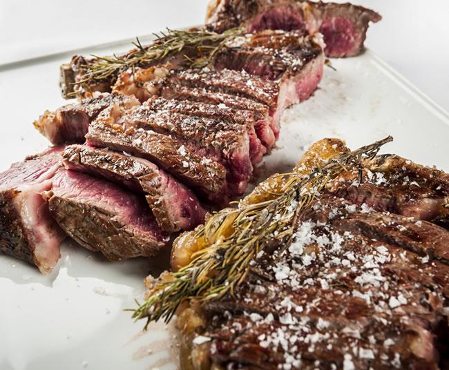 Entrecote Chuleton Brasas Restaurante Asador La Taberna Puerto Alicante | Carnes, Pescados, Mariscos a la Brasa